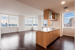 200 North End Avenue // Beautiful Battery Park 3 Bedroom with Amazing Hudson River Views