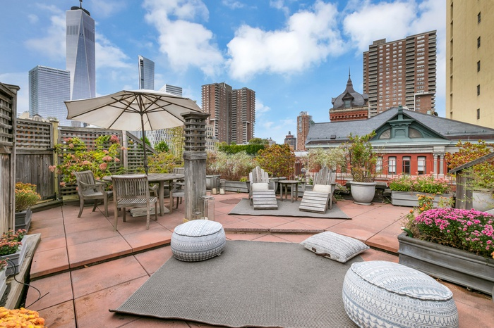 TRIBECA PENTHOUSE WITH PRIVATE ROOFDECK